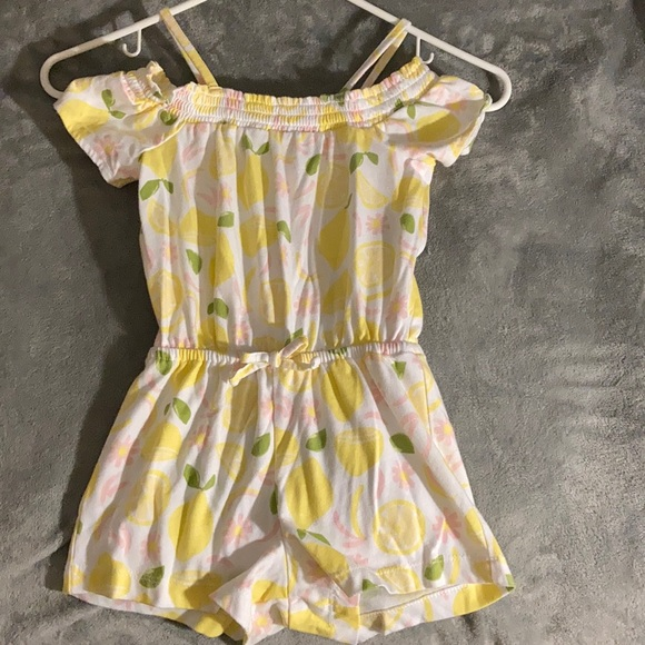 Toddler girls lemon romper size 4T